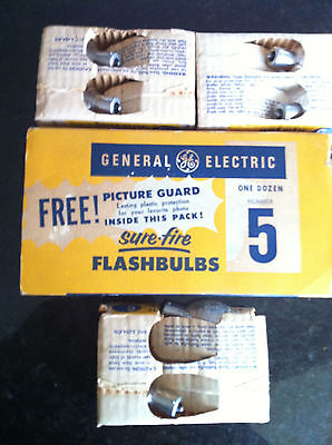 Unused Vintage General Electric Sure-Fire Flash Bulbs # 5 ( 11 bulbs )