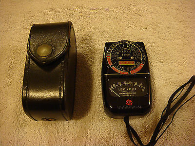 TYPE DW-48 GE General Electric Exposure Meter - Light Values Photo