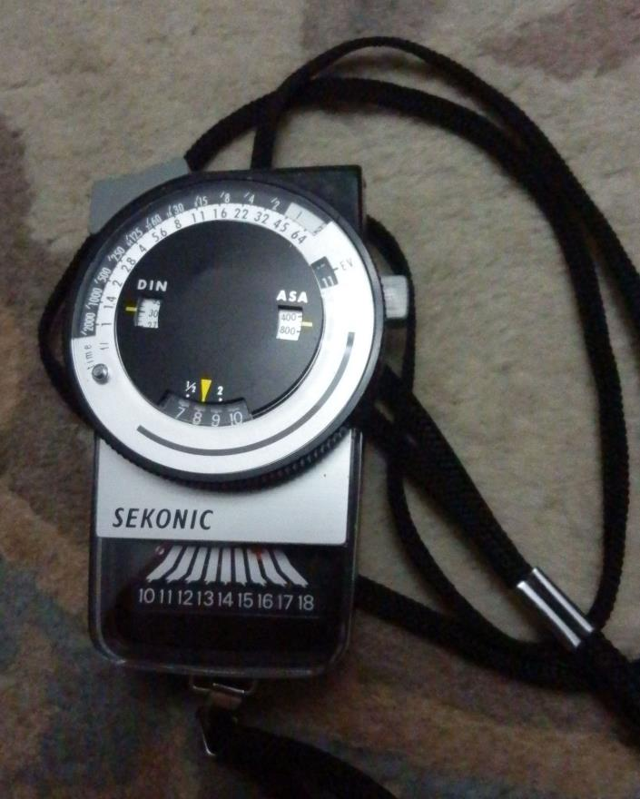 Sekonic  L-248 Portable Light Meter -Accurate- with Pouch!
