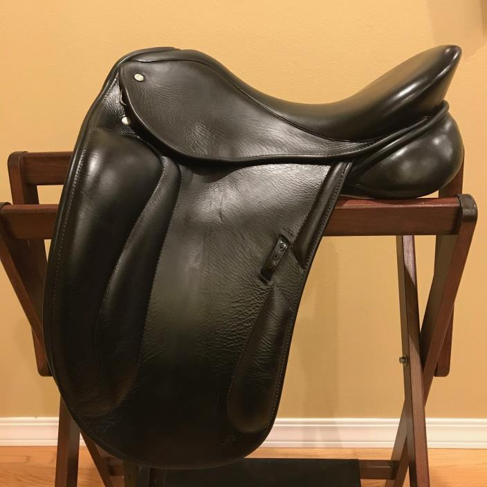 Custom Dressage Saddle by Superior Saddlery in Great Condition