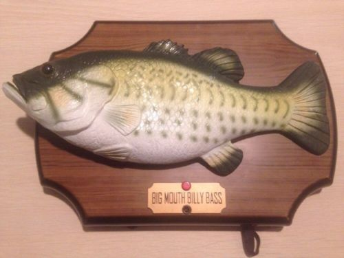 Big Mouth Billy Bass, animated singing Fish Wall Plaque (See Item Condition)