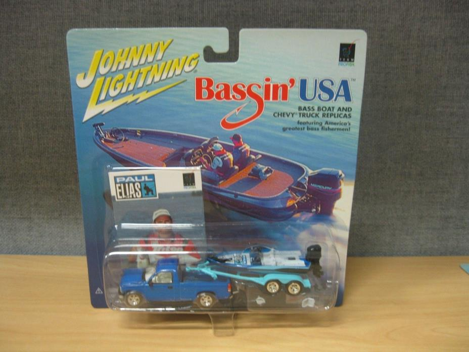 PAUL ELIAS BASS BOAT & CHEVY TRUCK JOHNNY LIGHTNING BASSIN' USA 1:64 DIE-CAST