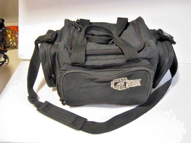 BASS OUTDOOR AMERICA~SOFT SIDE~TACKLE BAG PRE-LOADED TACKLE 4 POCKET