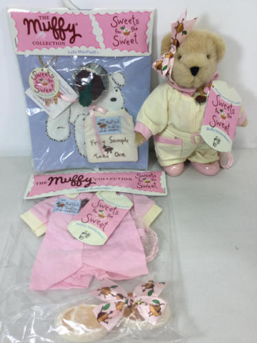 MUFFY - SWEETS FOR THE SWEET lot (BEAR and 2 OUTFITS)