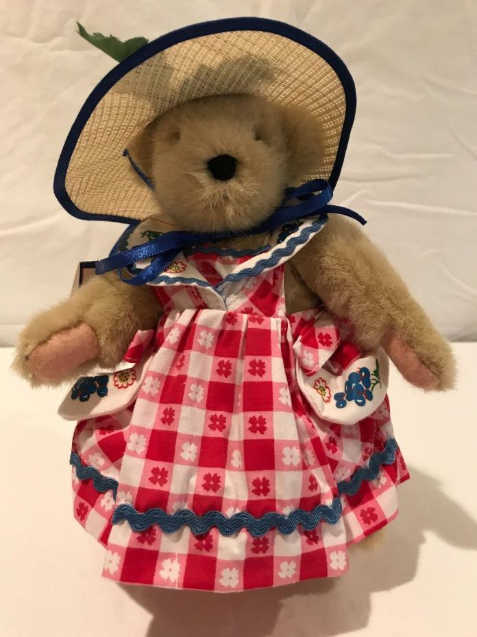 Muffy Vanderbear from the 1992 Picnic Collection