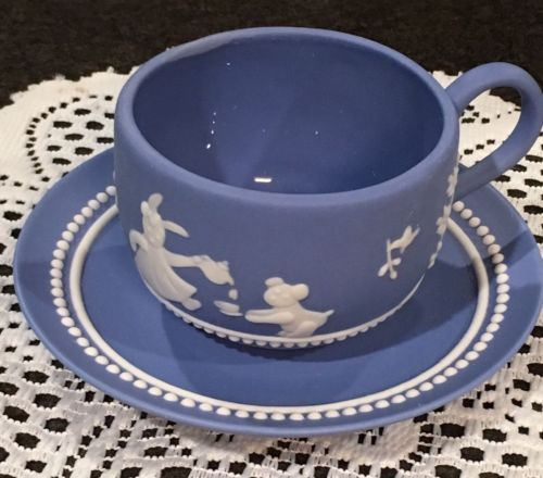 NEW IN BOX MUFFY VANDERBEAR CLUB EXCLUSIVE COLLECTORS TEACUP AND SAUCER