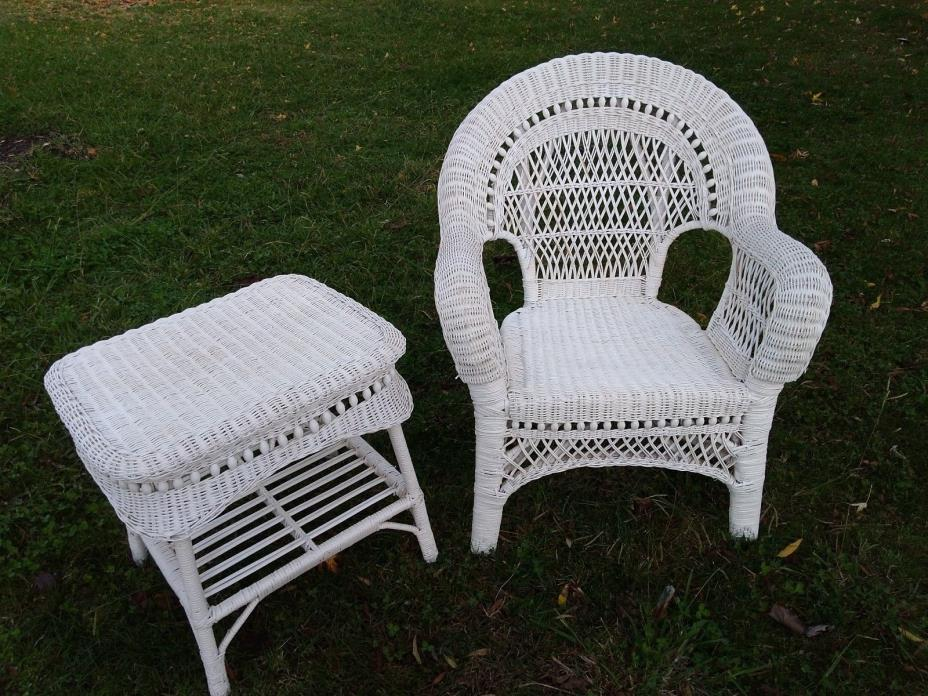 Sturdy Tightly Woven White Wicker Grand Accent Chair + Matching Side Table