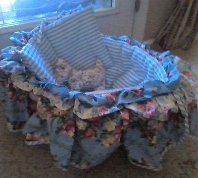 COZY DOLL DISPLAY BASKET BLUE STRIPE FLORAL BASSINET REBORN DRAKE MIDDLETON
