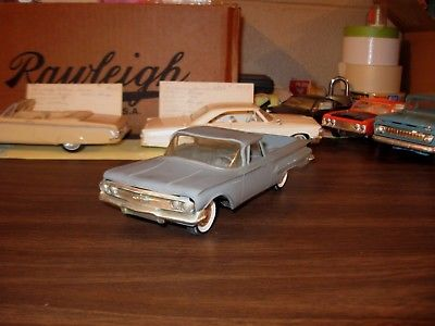 1960 Chevrolet El Camino 1/25 scale friction promo model (133) NICE ONE
