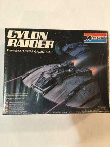 Battlestar Galactica Cyclon Raider Model Kit Monogram  1978
