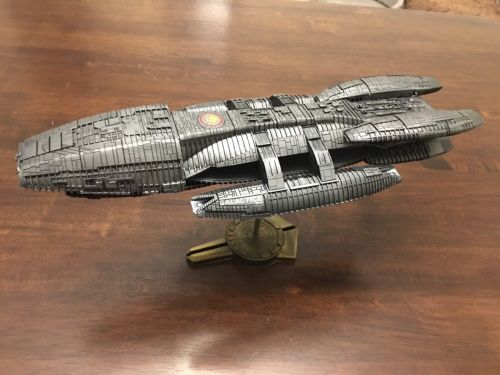 Moebius Battlestar Galactica 1/4105 Model - FULLY BUILT & PAINTED