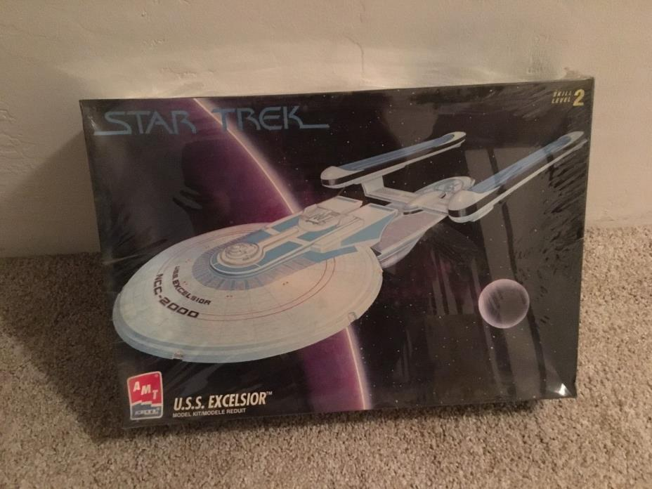 Star Trek U.S.S. EXCELSIOR Plastic Model Kit AMT/ERTL 6630 Unbuilt