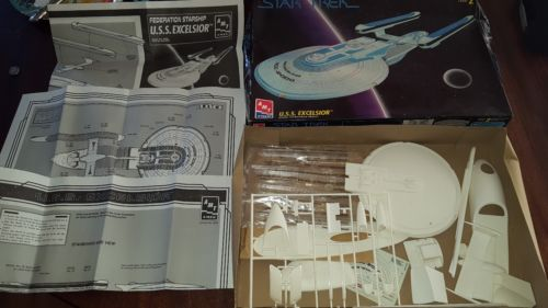 Star Trek U.S.S. Excelsior AMT Ertl Model Kit 1994 Complete FREE US SHIPPING