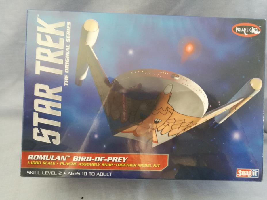 Romulan Bird of Prey Snap It Model Star Trek Skill Level 2 1:1000 Scale