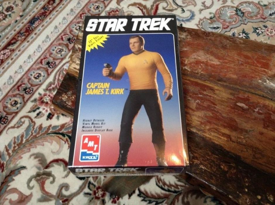 1994 AMT/ERTL Star Trek Captain James T. Kirk Figure Model New