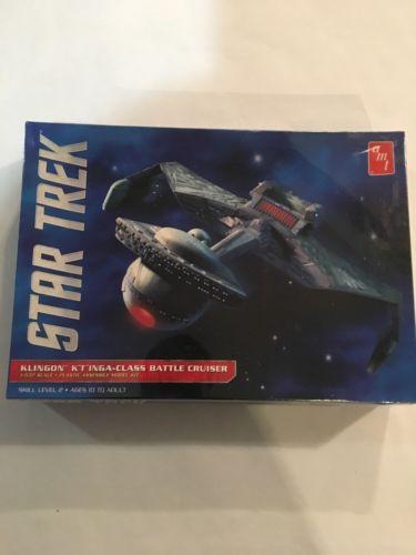 Star Trek Klingon K'T'Inga-Class Battle Cruiser AMT Model Kit Unopened