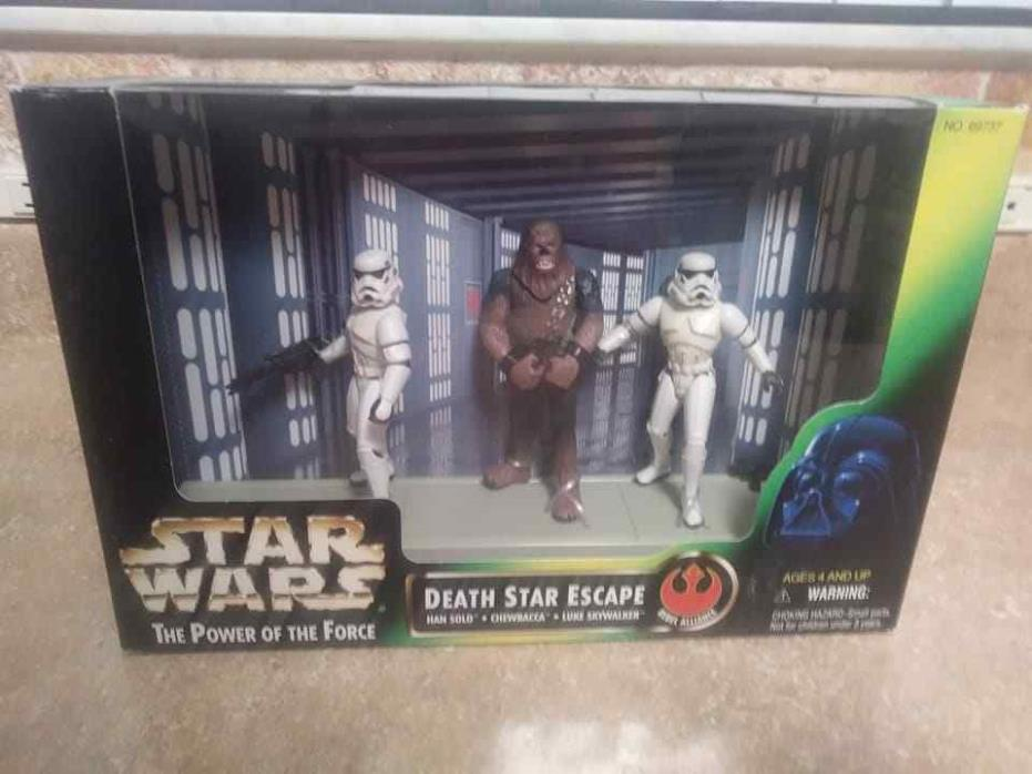 STAR WARS THE POWER OF THE FORCE DEATH STAR ESCAPE 1997