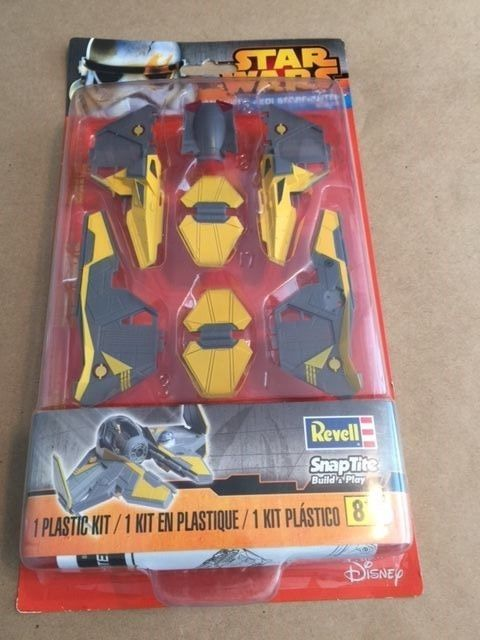 Star Wars ANAKIN'S JEDI STARFIGHTER  REVELL # 85-8339 SNAPTITE Plastic Kit  NEW!