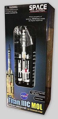 NASA TITAN IIIC GEMINI with Launch Pad - 1/400 Dragon Space Collectible #56232