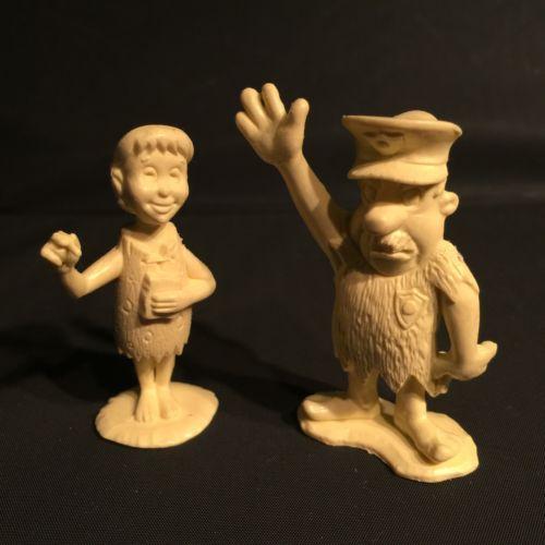 Vintage 1961 MARX Flintstones Playset Policeman & Waitress Cream Plastic Figures