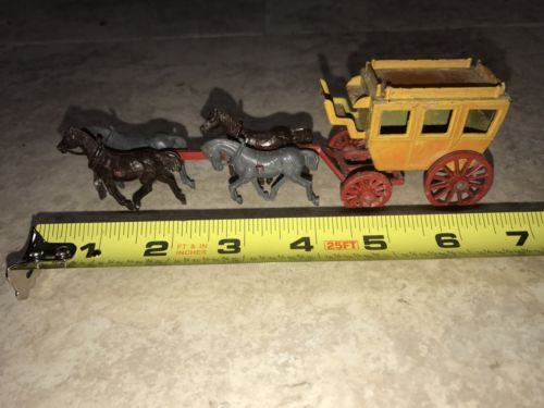 Vintage Metal Stage Coach and Horses Made in England Metal 7
