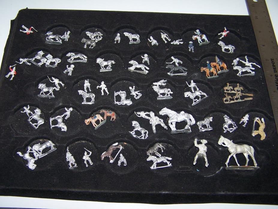 LARGE ASSORTMENT OF LEAD AND PEWTER TOY HORSES  AND RIDERS, VINTAGE !!!! NICE !!