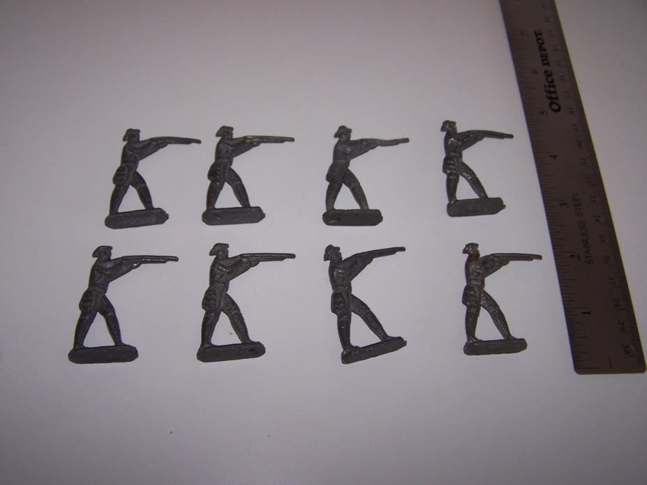 LEAD TOY SOLDIERS, SET OF 8 , VINTAGE ! SET OF 8, NICE !!!!