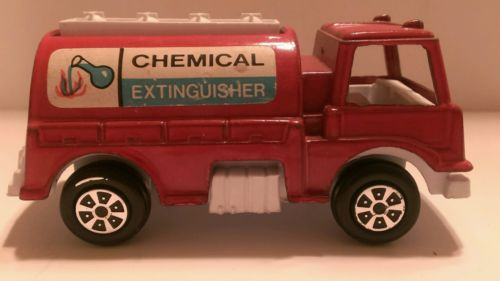 Vintage  1970 made in USA tootsie toy chemical extinguisher red