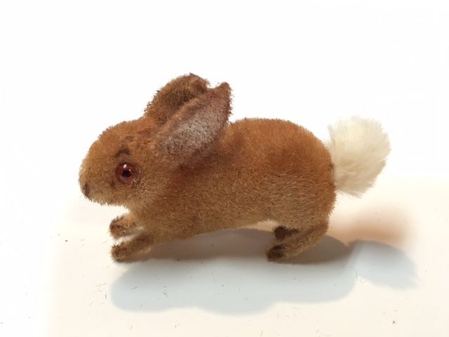 Possible VINTAGE Wagner Künstlerschutz Rabbit Missing label