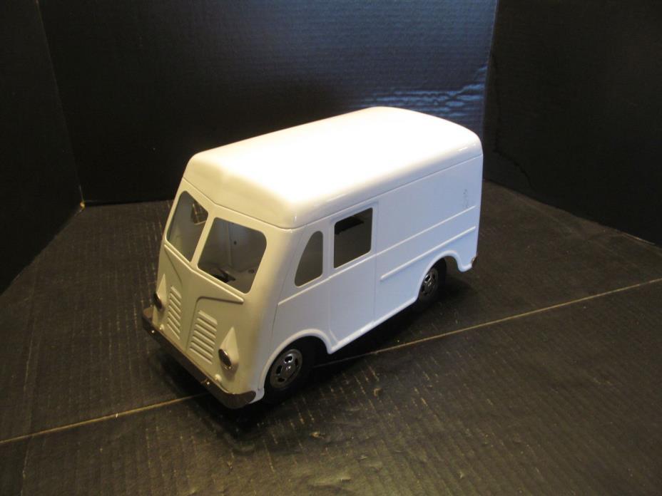 1954 International Metro Milk Van Pressed Steel 12