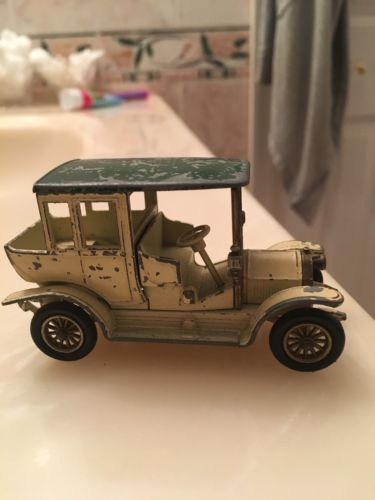 Vintage Models Of Yesteryear 1910 Benz Limo By Lesney