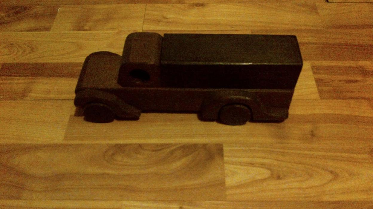 ANTIQUE TOY TRUCK JAPAN AFTER KOREAN WAR DATED 1959 SORRY DONT READ JAPANESE