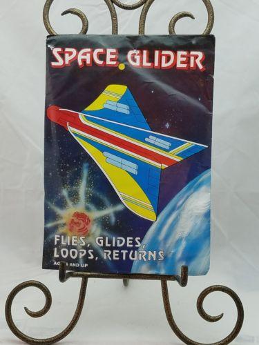 VINTAGE SPACE GLIDER CHILDREN'S TOY AIRPLANE AGE 4+ BRAND NEW 1984 967-A48