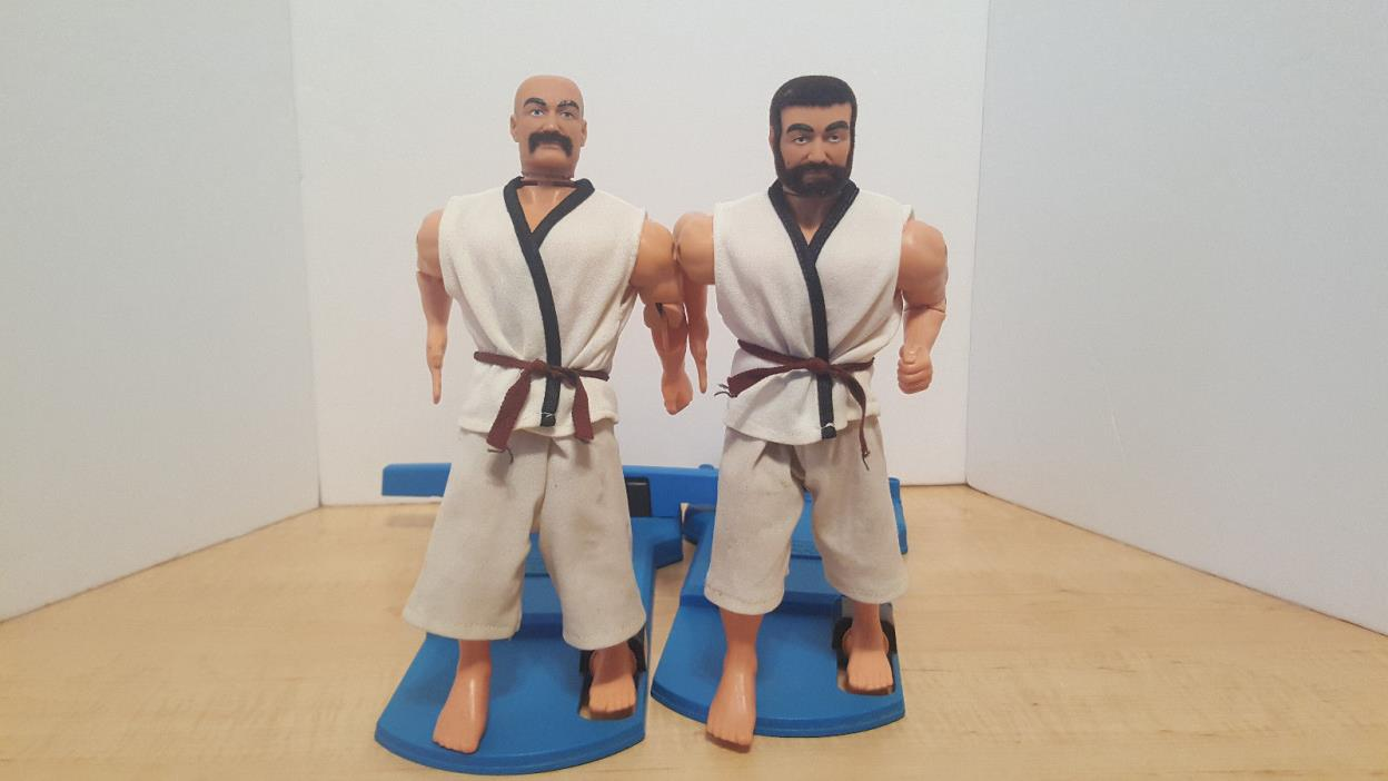 VINTAGE 1975 AURORA KAR-A-A-ATE MEN FIST & KICK FIGHTERS KARATE 1970'S TOYS