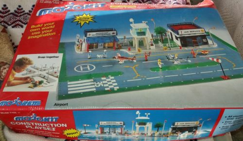 vtg mojokit airport construction play set * read*