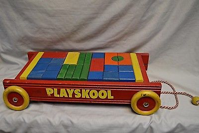 Vintage Playskool Wooden Blocks Pull Wagon Toy W/ Orginal Pull String. Complete