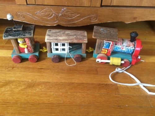Vintage Fisher Price #999 Huffy Puffy Train, Wooden Toys