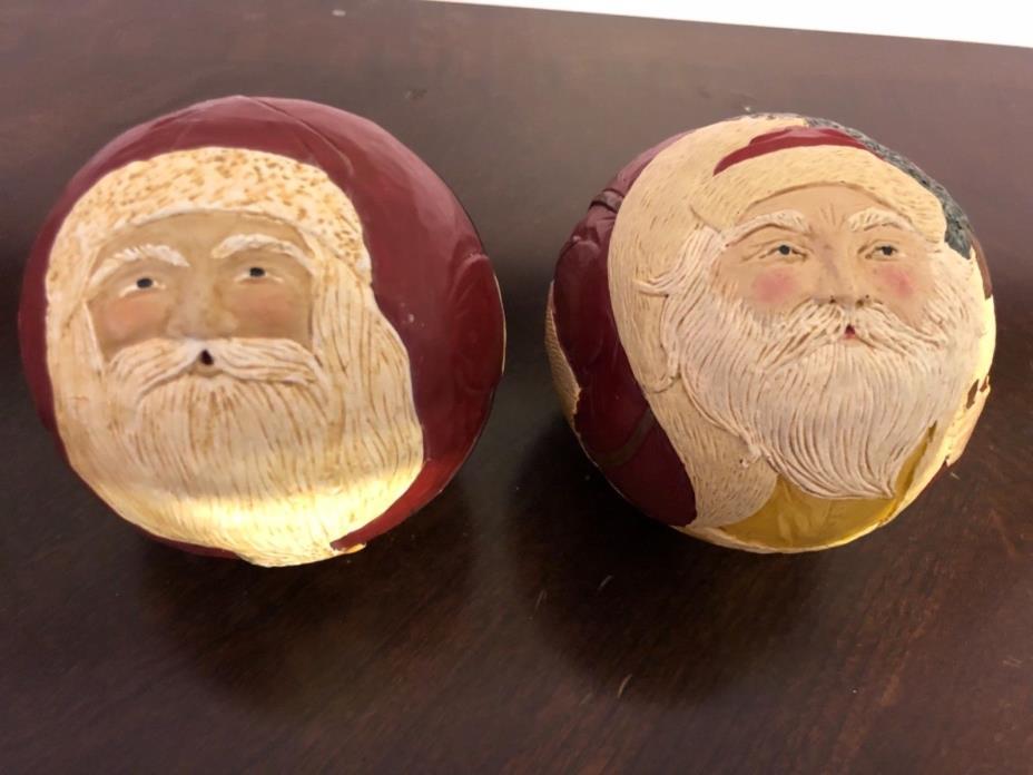 Briere Folk Art Santa Ball