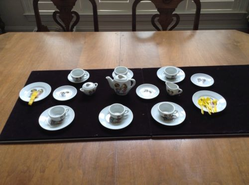 Miniature China Tea Set 6 Cups & Saucers, Tea Pot, Sugar, Creamer