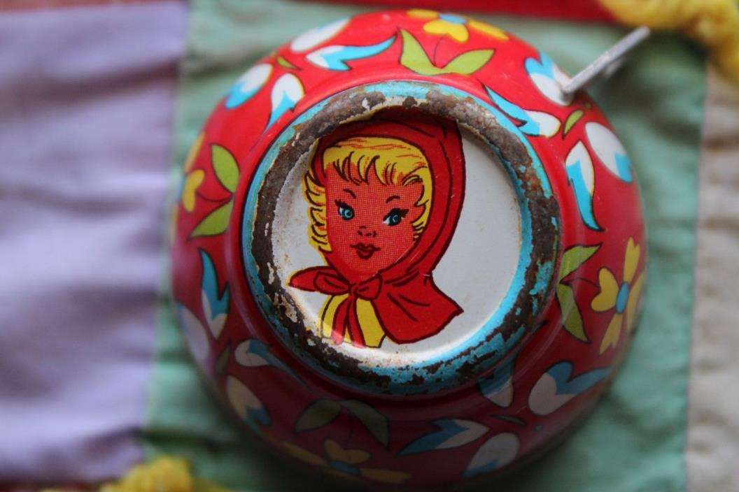VINTAGE LITTLE RED RIDING HOOD CHILD/DOLL SIZED TEA CUP