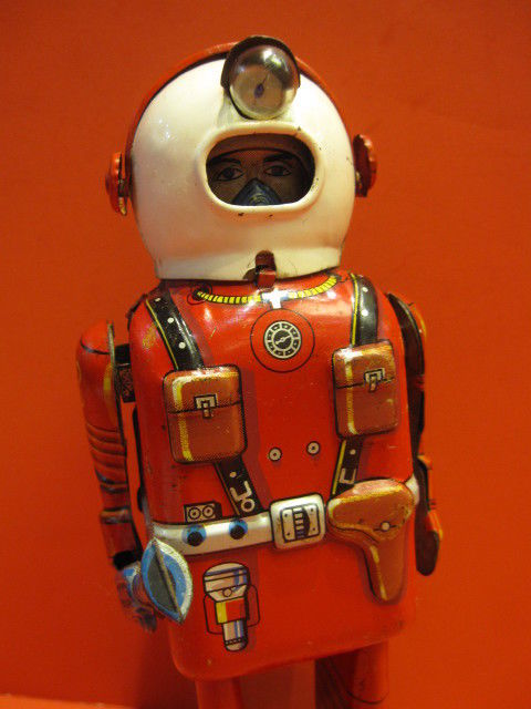 ALL ORIGINAL LINEMAR SPACEMAN PORTHOLE ROBOT ASTRONAUT 1955