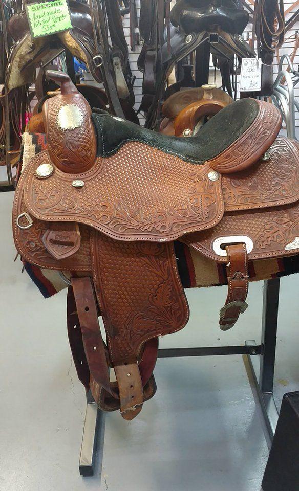 Circle S show saddle