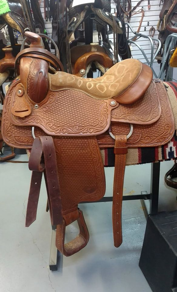 Tex Tan roping saddle