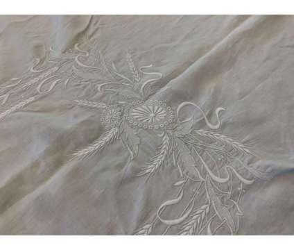 Amazing Table Cloth