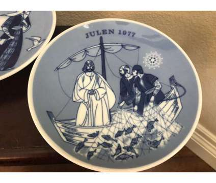 Limited edition Porsgrunds Porselaensfabrik Norwegian Blue Plates