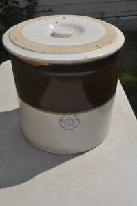 6 Gallon Star Antique Crock Stoneware With Lid (Hallowell)