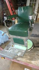 Vintage 1950s koken barber chair (Abingdon)