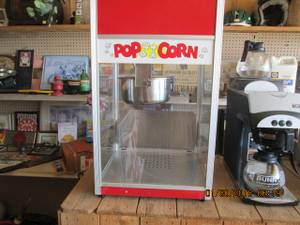 Gold medal pop corn machine (millington tenn)