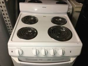 Hotpoint 24 in. Electric Stove