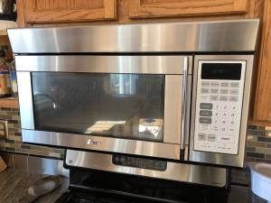 Microwave Oven Ewave_1700W Above Stove (Schwenksville, PA)